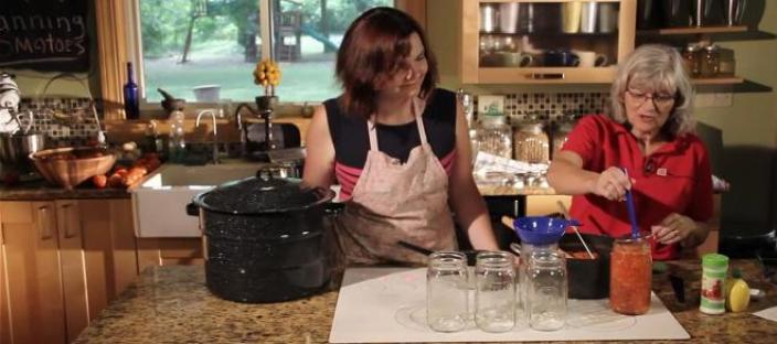 Women canning
